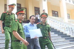 Cựu luật sư Trần Hữu Kiển bị phạt 12 năm tù