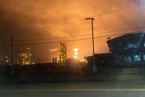 Nổ nhà máy hóa chất ở bang Texas, người dân được yêu cầu sơ tán