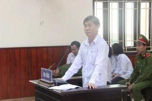 Vụ nguyên Trưởng phòng Thanh tra thuế Bình Định nhận hối lộ: Tòa trả hồ sơ điều tra lại