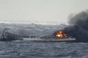 Vẫn chưa tìm thấy các thuyền viên mất tích tại Hàn Quốc