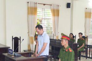 Đá chết trung tá công an tại quán karaoke, bị tuyên phạt 10 năm tù