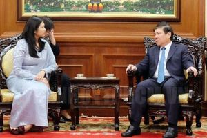 Chủ tịch UBND TPHCM Nguyễn Thành Phong tiếp tân Tổng Lãnh sự Malaysia