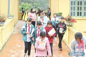 Những đứa trẻ người H'Mông nay đã có chữ rồi