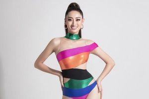 Hoa hậu Lương Thùy Linh tung bộ ảnh bikini nóng bỏng sau khi vào top 10 Model Miss World 2019