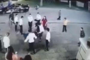Mâu thuẫn chi trả tiền hát, nhân viên quán karaoke vây đánh khách túi bụi