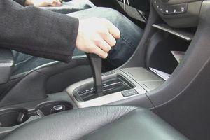 Dấu hiệu nhận biết phanh xe ô tô đang gặp vấn đề có thể gây nguy hiểm