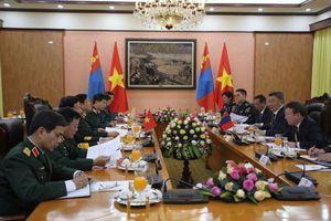 Bộ trưởng Quốc phòng Việt Nam, Mông Cổ hội đàm tại Hà Nội