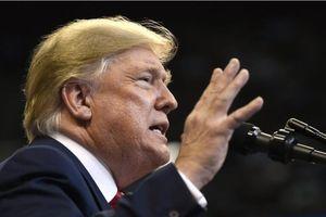 Tổng thống Trump ký dự luật về Hong Kong