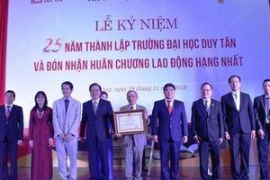 25 năm ĐH Duy Tân - Minh chứng thuyết phục cho một triết lý đúng