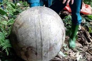 Phát hiện 'vật thể lạ' rơi từ trên không xuống mặt đất ở Tuyên Quang