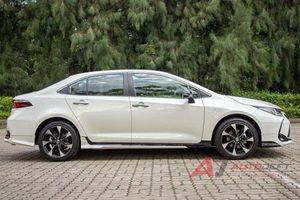Cận cảnh Toyota Corolla Altis phiên bản thể thao, giá gần 800 triệu, cạnh tranh Honda Civic