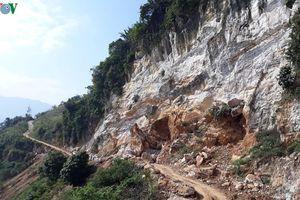 Nham nhở bãi đá khai thác trái phép ở Suối Lóp, tỉnh Yên Bái