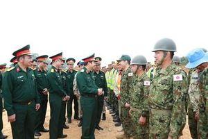 Đoàn công tác của Bộ Tổng Tham mưu kiểm tra công tác chuẩn bị của Đội Công binh tham gia hoạt động Gìn giữ hòa bình của Liên Hợp quốc