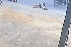 Xe đưa đón làm 2 học sinh rơi xuống đường ở Đồng Nai đã hết hạn kiểm định