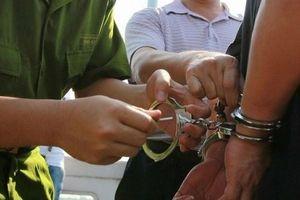 Phát hiện chánh văn phòng TAND huyện là tội phạm trốn truy nã