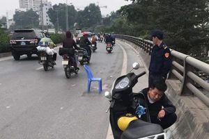 Hà Nội: Truy tìm tài xế gây tai nạn bỏ chạy khiến 2 mẹ con thương vong