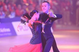 SEA Games 30: Khiêu vũ thể thao góp thêm HCV cho đoàn Việt Nam