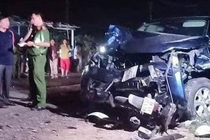 Bắt giam tài xế xe bán tải tông 7 người thương vong