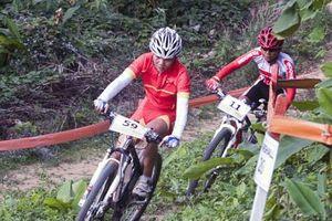 Như Quỳnh giành HCV xe đạp băng đồng cho Việt Nam