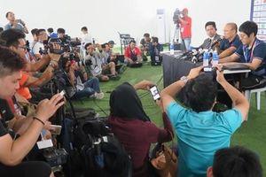 HLV Park Hang-seo từ chối bình luận về bàn thua của thủ môn Tiến Dũng