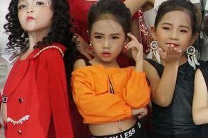 Bé Nguyễn Huy Việt trở thành quán quân Cuộc thi người mẫu nhí 2019