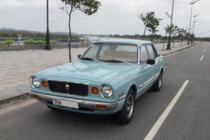 Có gì ở chiếc xe cổ hàng hiếm Toyota Cressida đời 1978 được rao giá hơn 200 triệu đồng?
