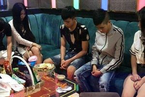 Quảng Nam: Phát hiện nhiều hotgirl dương tính với ma túy trong quán bar Las Vegas