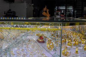 Chủ tiệm kim hoàn mất 4 cây vàng khi xem U22 Việt Nam hạ Indonesia