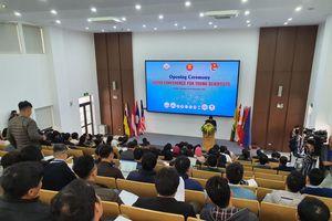 Các nhà khoa học trẻ bàn giải pháp phát triển ASEAN bền vững