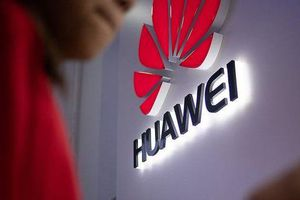 Australia cấm, Canada chần chừ, Huawei tung chiêu 'cảnh báo'
