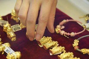 Giá vàng hôm nay 2/12: Vàng 9999, vàng SJC xuống đáy 3 năm qua, nhà đầu tư nháo nhào tích trữ