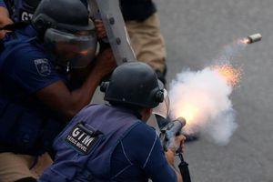 Brazil: 9 người ăn tiệc chết oan khi cảnh sát truy đuổi tội phạm