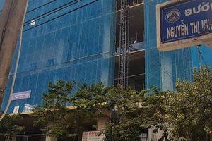 Nam công nhân bất ngờ rơi xuống đất từ tầng cao công trình dự án căn hộ khách sạn