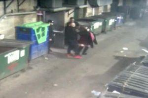 Bảo vệ đứng nhìn khi nữ du khách bị tấn công tình dục ở Chicago