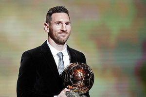 Lionel Messi lần thứ 6 đoạt danh hiệu 'Quả bóng Vàng'!