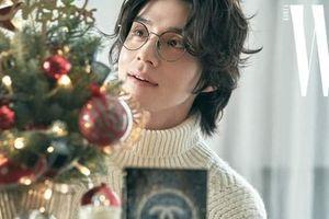 'Thần chết' Lee Dong Wook đón Giáng sinh trên tạp chí W KOREA và bày tỏ suy nghĩ khi làm MC talkshow