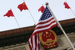 Vừa cấm tàu chiến Mỹ đến Hong Kong, Trung Quốc cân nhắc ngăn quan chức Mỹ tới Tân Cương