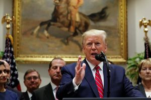Trump dọa kiện đảng Dân chủ ra Tòa Tối cao để dừng điều tra luận tội