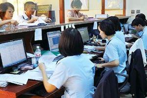 Ngành Hải quan thu hơn 318.000 tỷ đồng, vượt 5,8% dự toán