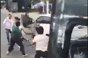 Hỗn chiến do va chạm, tài xế xe khách Phương Trang bị chém đứt ngón tay