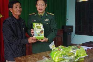 Bí ẩn nguồn gốc ma túy đá trôi dạt trên biển Thừa Thiên - Huế