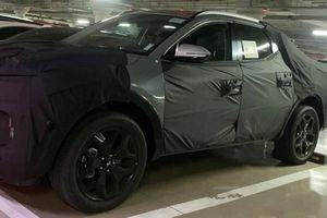 Bán tải Hyundai Santa Cruz rò rỉ ảnh thực tế đầu tiên