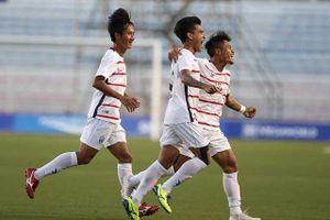 Thắng sốc Malaysia, U22 Campuchia vào bán kết SEA Games 30