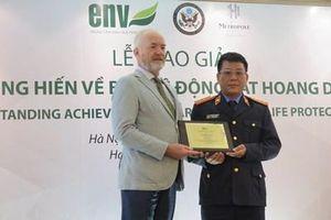 Kiểm sát viên huyện Điện Biên được vinh danh 'người hùng' bảo vệ động vật hoang dã