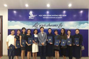 Học viện Hàng không Việt Nam: Ưu tiên vừa tuyển dụng vừa đào tạo