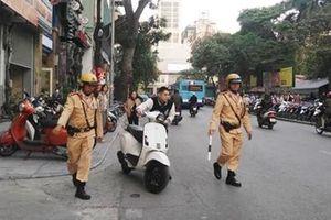 Hà Nội xử lý nghiêm xe máy đi ngược chiều trên phố Yết Kiêu