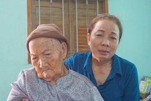 Hành trình mẹ Hồ Duy Hải níu mạng sống của con