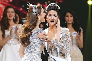 Số phận khác biệt của 3 mỹ nhân đăng quang Hoa hậu Hoàn vũ Việt Nam