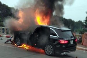 Khởi tố vụ nữ tài xế Mercedes gây tai nạn liên hoàn