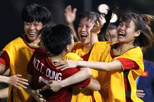 'Tuyển nữ cần cải thiện nhiều để chuẩn bị cho trận chung kết'